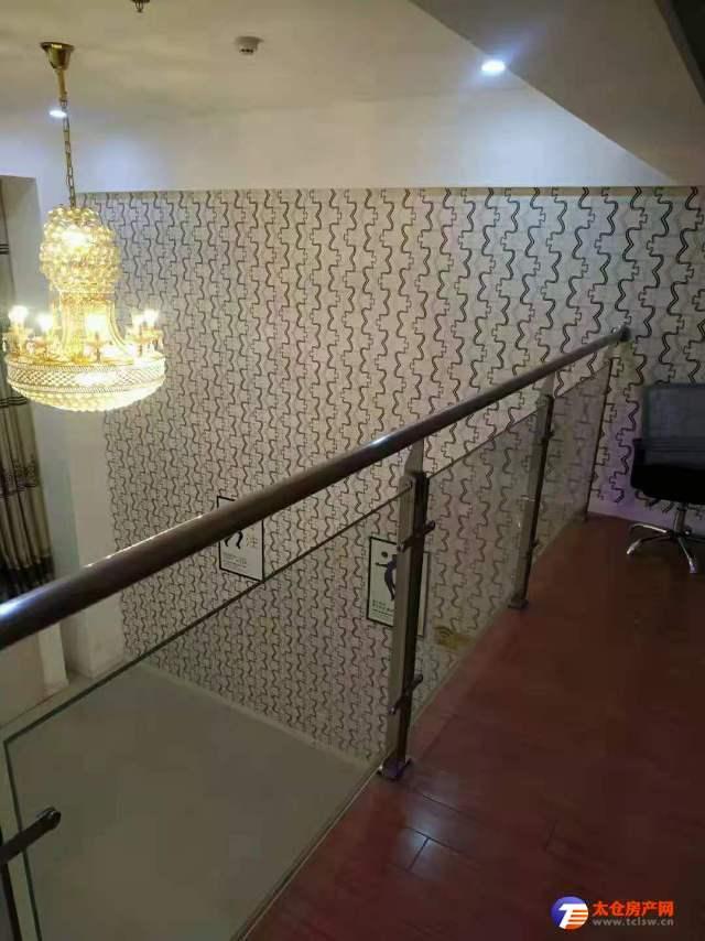 整套出租东盛商业广场4室精装修240平3600元/月欢迎来电看房