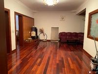 出租昌平小区3室2厅1卫120平米2000元/月住宅
