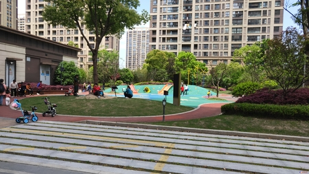 太仓市区 高尔夫鑫苑 万达广场旁 小区安静 绿化高 实验中学 镇洋小学