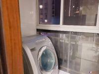 出租宝龙城市广场,3室2厅2卫,127平精装2600元/月