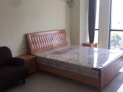 万达公寓 精装修 家电齐全 南向 1室2厅1卫 2100包物业