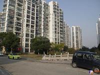 出售大庆锦绣新城 最好户型106平3室2厅1卫,三开间朝南,南北通透,简装当毛坯