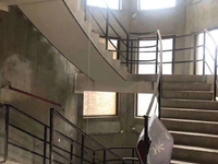 望府联排别墅191平 实用很大 前后大院子 地下室 好位置 满二年税少400万