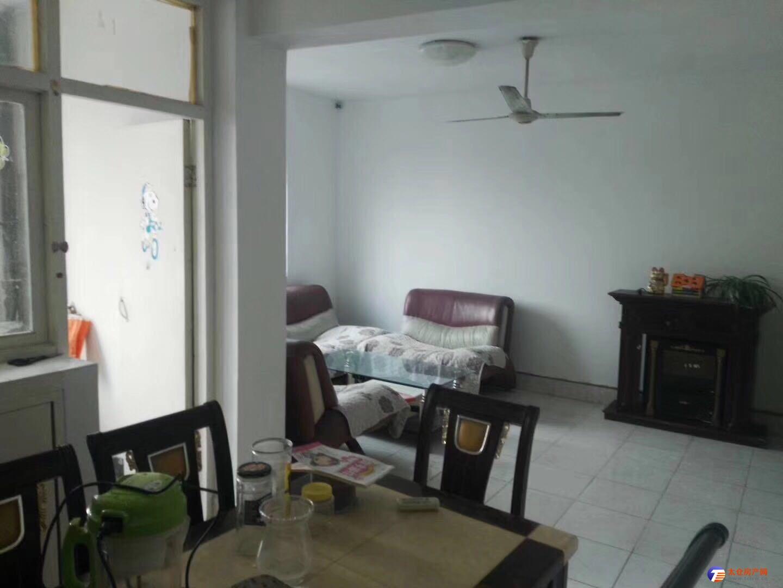 出租繁華地段 惠陽三村精裝兩房 家電齊全拎包入住 有鑰匙 隨時看