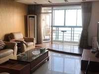 出租:高尔夫湖滨花苑 198平 大平层 精装 三房两卫 6000月