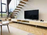 宝龙51加51平复试公寓出售,两房两厅两卫,全新装修,万达旁,生活交通方便
