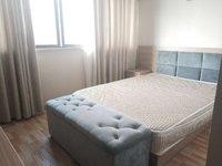 人民华旭旁南洋广场,单身公寓1室1卫1500一个月,多套可选