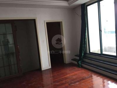 东盛广场60 60 不限购可贷款 房东出国急售 有钥匙 低于市场价 1530