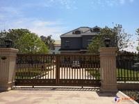 御园山庄独栋别墅建筑面积456平纯毛坯抛售,地理位置好、稀缺房源、望君把握