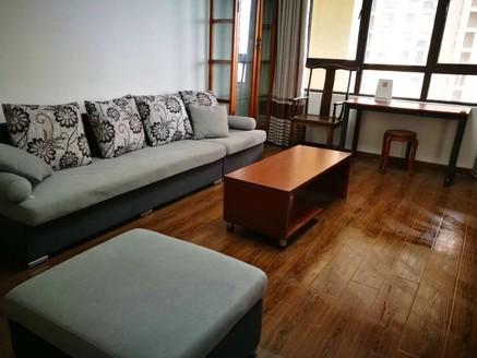 景瑞荣御蓝湾114平三房两厅一卫景观楼层 ,满2年