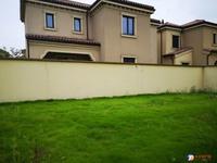 出售向东岛花园4室3厅3卫303平米550万住宅