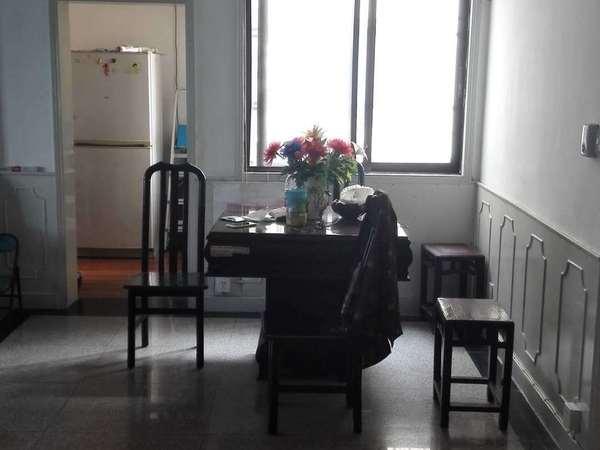 急售可商向阳小区园中园带自行车库3室1厅1卫104平米面议住宅