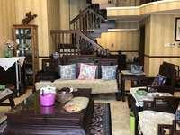 高尔夫湖滨花苑下叠墅320平 80平地下室大院子实木豪装4房2厅3卫豪装580万