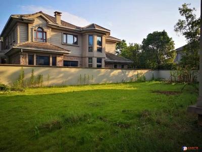 向东岛雅思苑独栋别墅产证556平占地1.4亩纯毛坯抛售沿河好位置带大院子 看方便