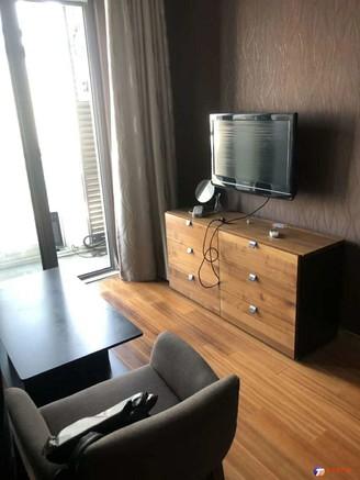 抢房了 房东急用钱 抛售华旭公寓65平南向 精装修好楼层 只要65万 看房有钥匙