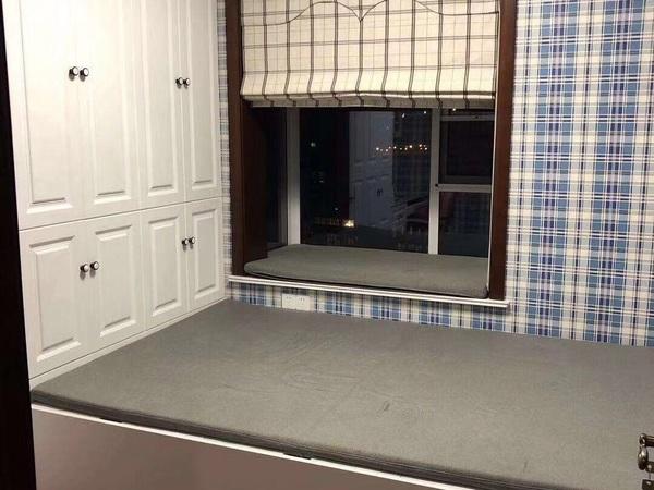 出租太仓盛世壹品大三房 豪华装修几十万 全品牌家具 中央空调地暖 车位都有