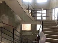板桥 海华景苑双拼别墅272平 满二年5室2厅4卫 430万随时看房有钥匙