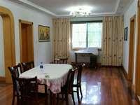 出租富豪小区3室2厅2卫150.81平米2600元/月住宅