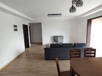 高尔夫鑫城一期四房全新装修未住,四开间朝南、南北通透,好楼层、满2年,看房方便