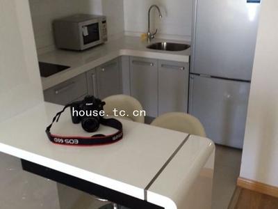 整租 出租 华旭公寓 2100包物业, 精装一室